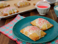 Homemade Strawberry-Rhubarb Toaster Tarts