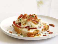 Hot Brown Turkey Sandwiches