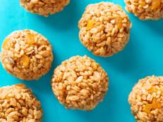 Puffed Rice Snowballs