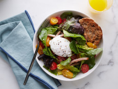 Eggs Benedict Breakfast Salad