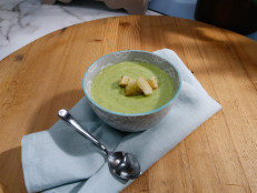 Turbo Broccoli Cheddar Soup