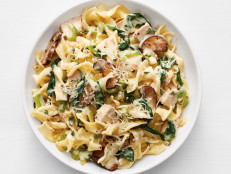 Turkey Tetrazzini with Spinach and Mushrooms