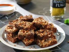Peanut Butter Brownies with Salted Pretzels