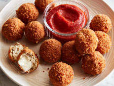 Crispy Chicken Parm Balls