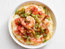 Shrimp and Pepper Jack Grits