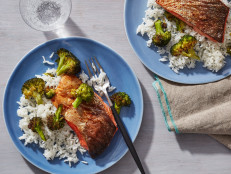 Air Fryer Teriyaki Salmon Fillets with Broccoli