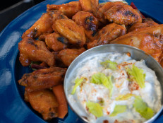 Spicy Garlic Chicken Wings With Chow Chow and Blue Cheese Dip