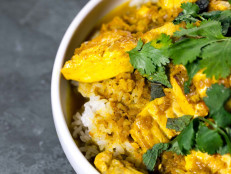 Rice Bowl with Ginger-Turmeric Fish