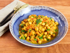 Shortcut Chhole (Chickpea and Tomato Stew)