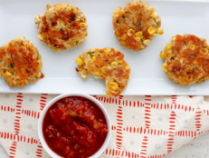 Cheddar-Corn Rice Cakes