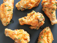 Honey, Cilantro and Sriracha Baked Chicken Wings