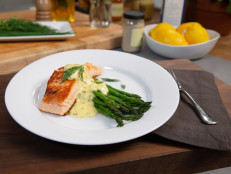 Pan-Seared Salmon with No-Fail Hollandaise and Asparagus