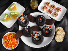 Fake Bake: Halloween Party Treats