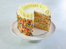 How to Decorate a Confetti Cake