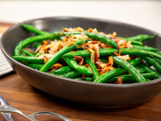 Not-Your-Grandmother's Sauteed Green Beans with Slivered Almonds