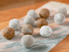 Breakfast Power Truffles