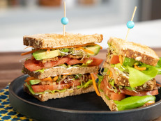 Tempeh, Lettuce and Tomato (TLT) Sandwich