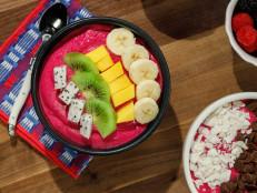 Dragon Fruit Smoothie Bowls