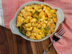 Broccoli and Cheddar Mac 'n' Cheese