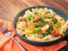 Gluten-Free Garlic Shrimp Pasta with Spicy Tomato Sauce