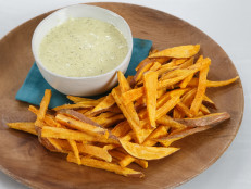 Sweet Potato Fries with Roasted Poblano Mayo