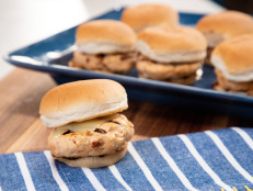 Mini Sun-Dried Tomato Chicken Burgers