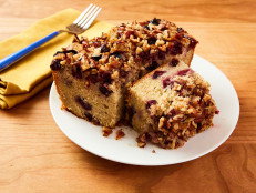 Cinnamon Blueberry Pecan Breakfast Cake