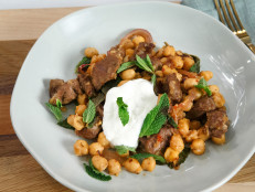 Lamb Stir-Fry with Red Onion, Chickpeas and Yogurt