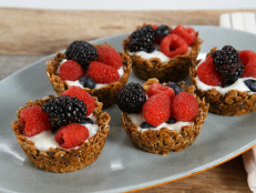 Muffin Tin Granola Cups