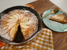 Fall Apple Skillet Cake