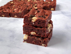 Chewy Red Velvet Cookie Bars
