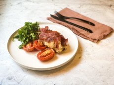 Stuffed Italian Chicken with Sun-Dried Tomato Pesto