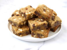 Toasted Almond Espresso Blondies