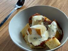 Alton Brown Cooks Live: Dessert Panzanella
