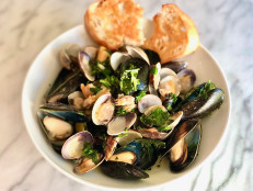 Coconut Curry with Mussels and Clams