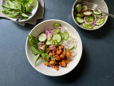 Rice Noodle Bowls with Sweet Chili Chicken