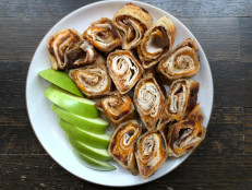 Apple Butter and Cheddar Pinwheels