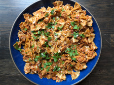 Bow Tie Pasta with Sun-Dried Tomato Pesto