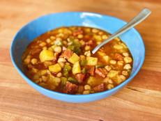 Potaje de Garbanzos (Cuban Garbanzo Bean Stew)