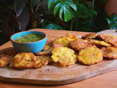 Tostones with Garlic Mojo Dipping Sauce