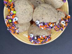 Halloween Cookies and Cream Whoopie Pies