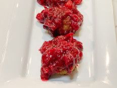 Thanksgiving Meatballs with Cranberry Glaze