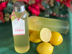 How to Make Limoncello, the Easiest Edible Gift