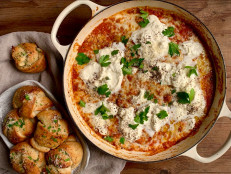 Baked Pizza Dip with Garlic Knots