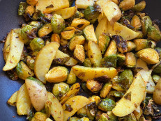 Brussels Sprouts Cooked Like Aloo Gobi