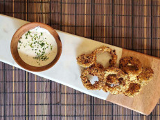 Air Fryer Onion Rings with Onion Dip