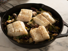 One-Pan Cod with Asparagus, Artichoke Hearts and Olives