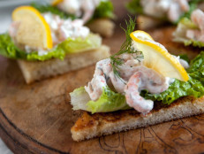 Shrimp and Dill Toast (Toast Skågen)