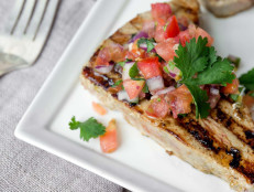 Spicy Grilled Tuna with Heirloom Tomato Salsa