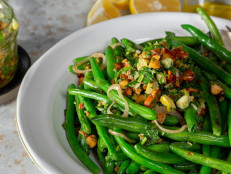 Green Beans with Almond Gremolata